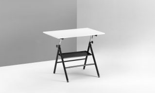 Folding drafting tables