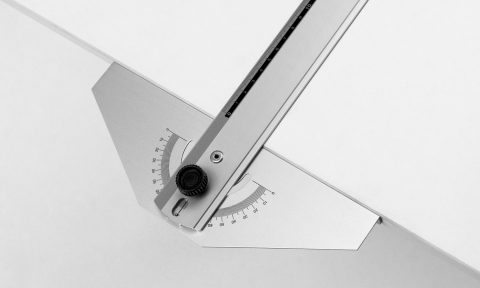 Parallel motion ruler with protractor