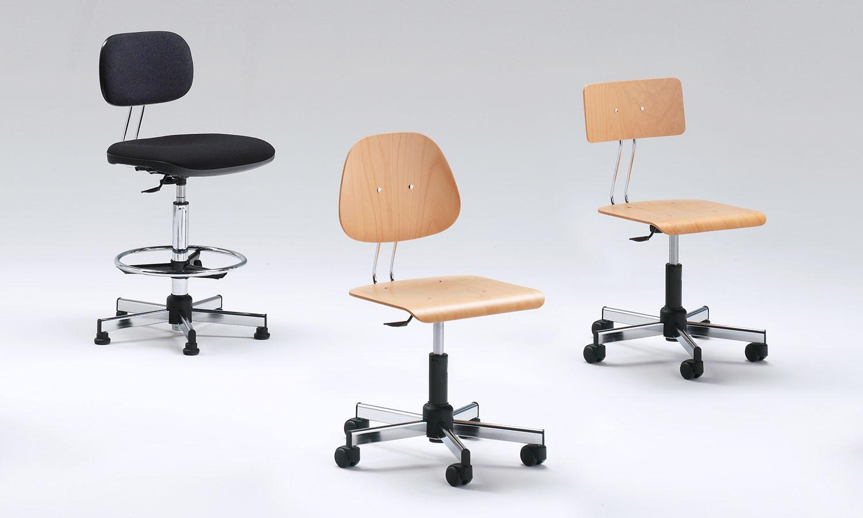 Sgabelli regolabili da laboratorio e disegnatore sedie for Sedute da ufficio