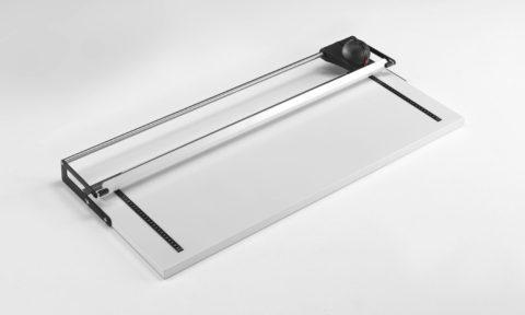 Taglierina manuale per carta a lama rotante