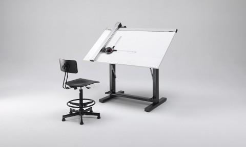Tavolo da disegno inclinabile