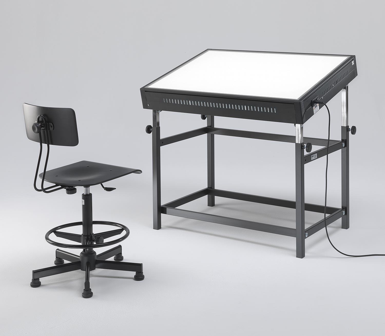 Tavoli luminosi da disegno con piano luminoso grapholux for Tavoli da designer