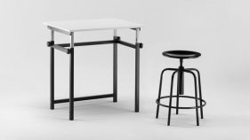 Technical furniture: school tables production