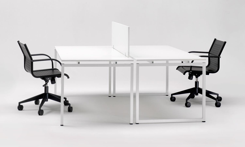 Soluzioni arredo contract e ufficio di design emme italia for Arredo ufficio scrivanie