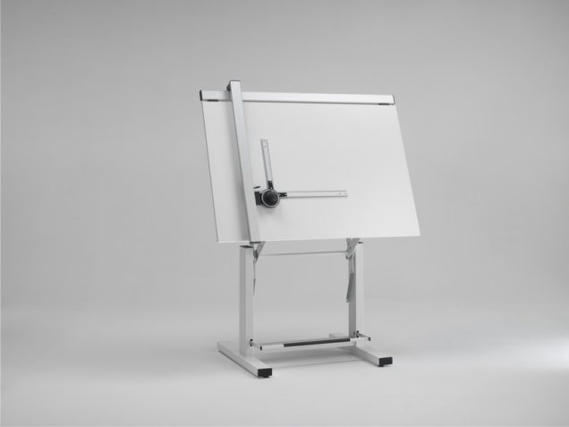 Guida alla scelta di un tavolo da disegno