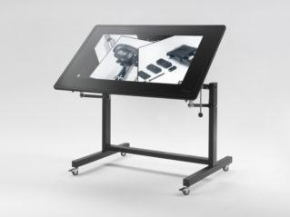 Tavolo digitale regolabile