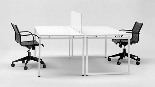 Scrivanie ufficio scrivanie direzionali tavoli riunione for Arredo ufficio scrivanie