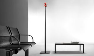 Metal coat stand with counter plate