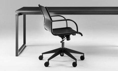 Sedia girevole in metallo da ufficio di design