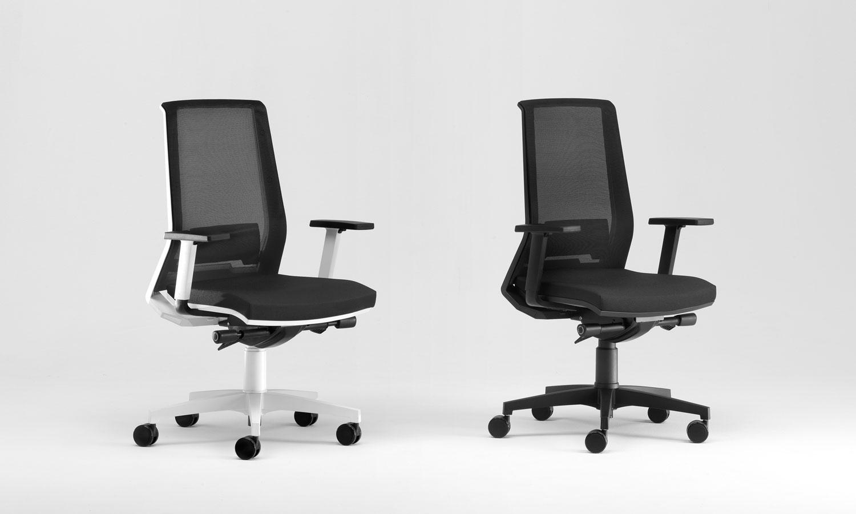 Sedie ufficio ergonomiche sedute collettivit panche for Sedia design scrivania