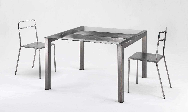 Scrivanie ufficio scrivanie direzionali tavoli riunione for Tavolo acciaio design