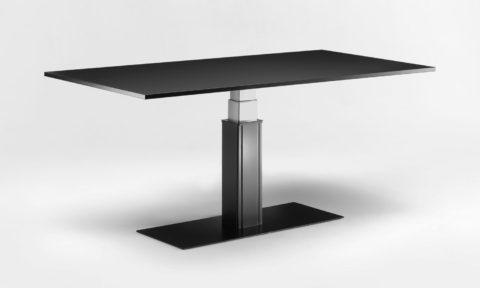 Tavolo regolabile per lavorare in piedi