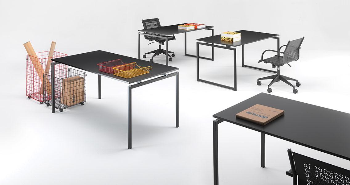 Mobili metallici per ufficio di design e moderno